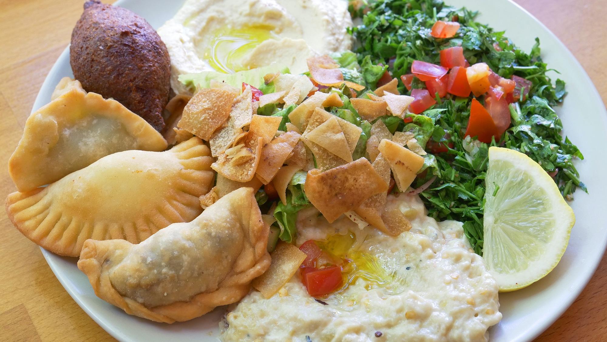 assiette-vegetarienne-libanais-montrouge-2.jpg